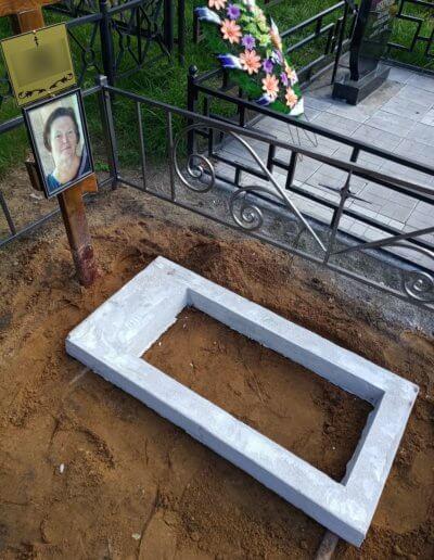 Установка памятника на железо-бетонное основание