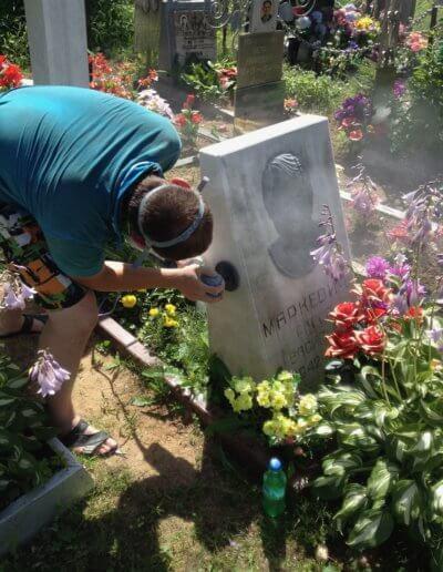 Полировка мраморного памятника