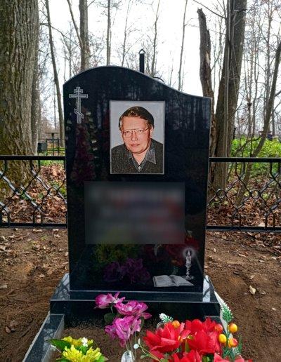 памятник для мамы на кладбище